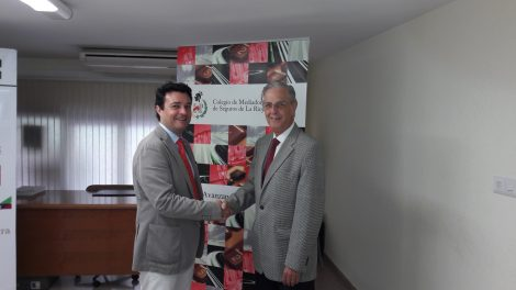Firma de renovación del acuerdo de colaboración Asisa-Colegio Mediadores Rioja 2018