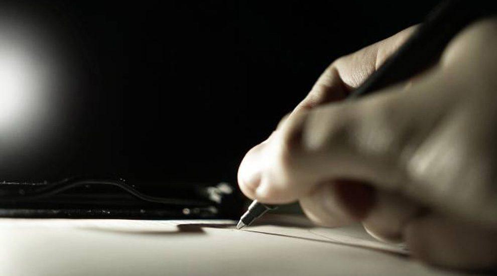 Todos los plazos de procedimientos administrativos quedan interrumpidos, incluida la presentación de la DEC
